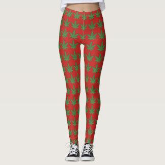 Grönt ogräslöv på rött leggings