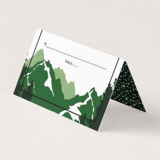 Grönt vikt eskort för bergvinter bröllop placeringskort