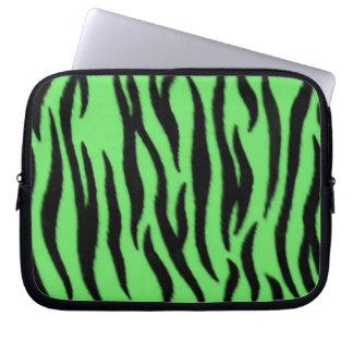 Grönt zebra mönstrad laptopfodral