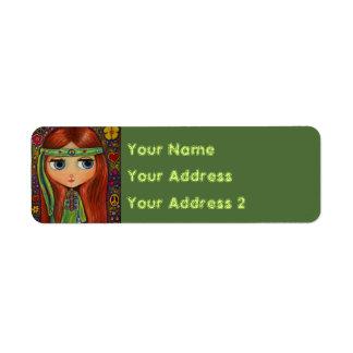 Groovy Hippieflicka i den gulliga gröna Returadress Etikett