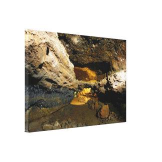 Grotta för Lavarör Canvastryck