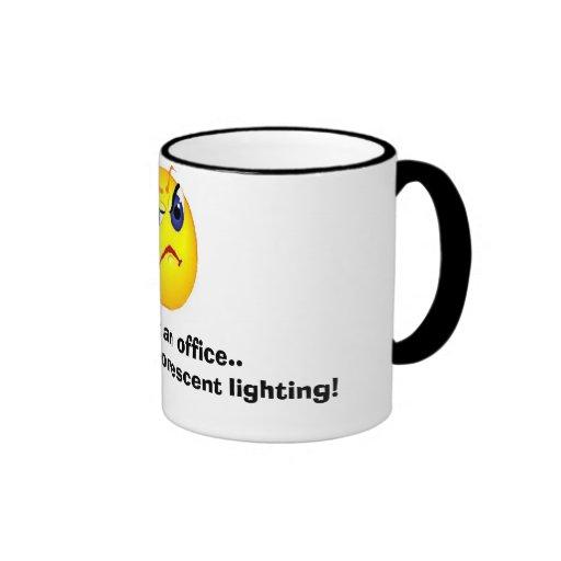 grumpy kontorsansikte kaffe koppar