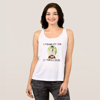 """""""Grundar jag min Zen"""" kvinna tanken för T Shirt"""