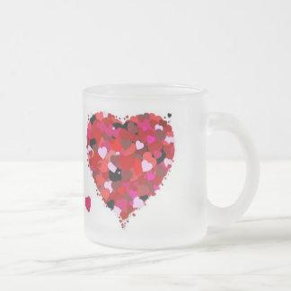 Grupp av hjärtor frostad glasmugg
