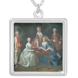 Gruppporträtt av leka för Harrach familj Silverpläterat Halsband