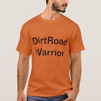 Grusvägkrigare är en daglig skjorta för skjorta. t-shirts