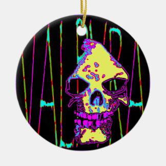 Grym Reaper över VALPYRA-gult vid Valpyra Julgransprydnad Keramik