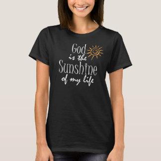 Guden är solskenet av mitt kristna citationstecken t-shirts