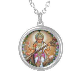 Gudinna Saraswati Silverpläterat Halsband