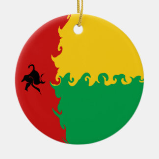 Guinea Bissau Gnarly flagga Rund Julgransprydnad I Keramik