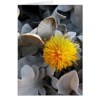Gul blomma hälsningskort