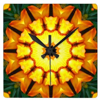 Gul Irisnatur för orange, Blomma-Mandala Fyrkantig Klocka