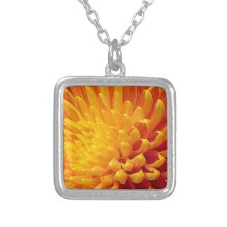 Gul & orange Chrysanthemum Silverpläterat Halsband