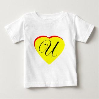 Gul röd U bröllopinbjudan för hjärta MUSEET Z T Shirt