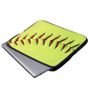 Gul softballboll laptop sleeve