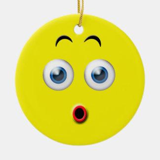 Gul wow förvånat Emoji anpassningsbarnamn Rund Julgransprydnad I Keramik