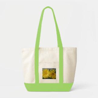 Gula daisy tote bags