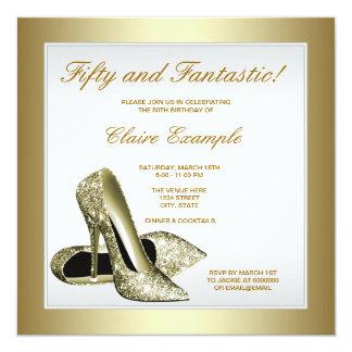 Guld- högklackarkvinna för vit 50th födelsedag fyrkantigt 13,3 cm inbjudningskort