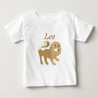 Guld- Leo undertecknar Tee