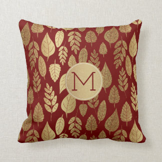 Guld- och rött lövmönster & Monogram Kudde
