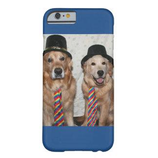 Guld- Retrievers som ha på sig hattar och Ties Barely There iPhone 6 Fodral