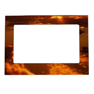 Guld- solnedgång magnetisk ram