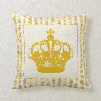 Guld som tickar med kronan kudde