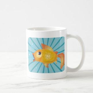 Guldfisk på blåttrandar kaffemugg