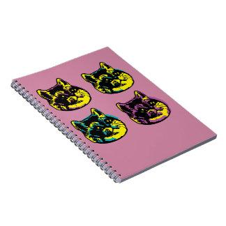 Gullig andning för skurkroll för popkonstkatter anteckningsbok med spiral
