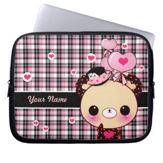 Gullig björn med ballonger på svart och rosa pläd laptop sleeve