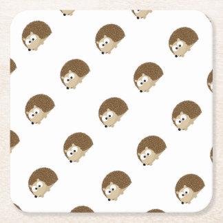 Gullig brun igelkott underlägg papper kvadrat