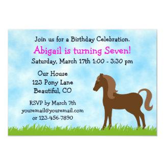 Gullig brun inbjudan för hästflickafödelsedag