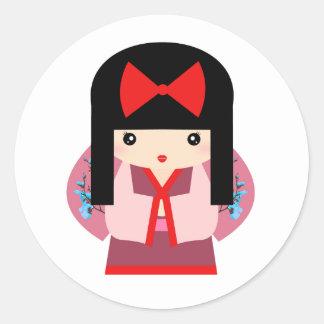 Gullig geisha runt klistermärke