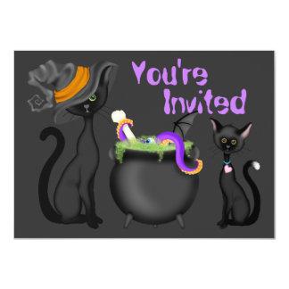 Gullig inbjudan för Halloween svarta katterbaby