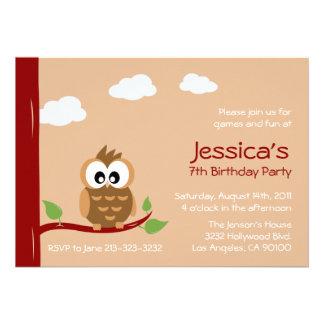 Gullig inbjudan för ugglabarns födelsedagparty