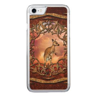 Gullig känguru med bebiset carved iPhone 7 skal