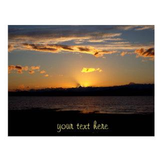 Gullig lite solnedgång vykort