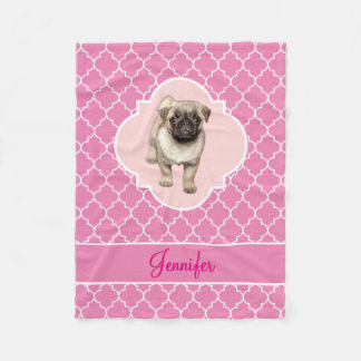Gullig mopsvalp rosa Quatrefoil med namn Fleecefilt