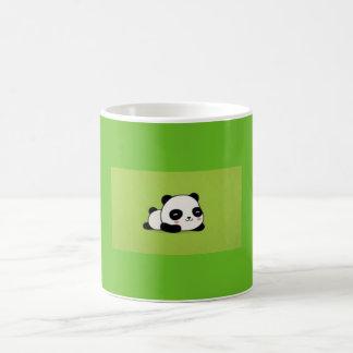 Gullig mugg för tecknadKawii Panda