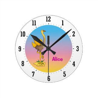 Gullig ostrich - väggen tar tid på rund klocka