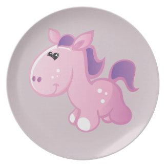 Gullig ponny på lavendel tallrik