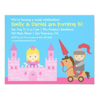 Gullig princess- och riddarefödelsedagsfest personliga tillkännagivande