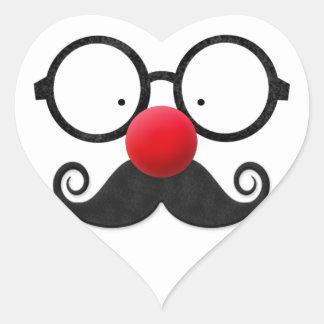 Gullig rolig röd moustache för exponeringsglas för hjärtformat klistermärke
