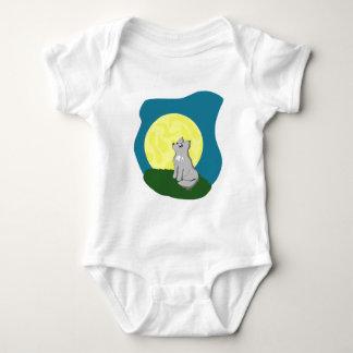 Gullig Scruffy varg med månen T-shirts