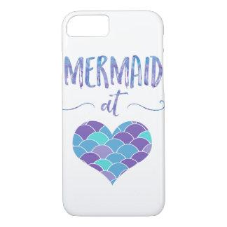Gullig sjöjungfru på fodral för hjärtaiPhone 7