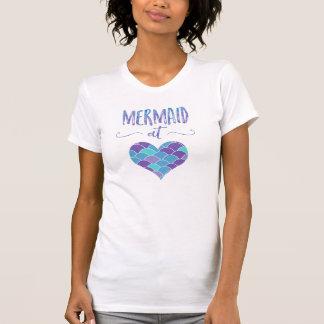 Gullig sjöjungfru på hjärtakvinna T-tröja Tee Shirt