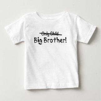 Gullig storebror (endast barn som ut korsas) och t-shirts