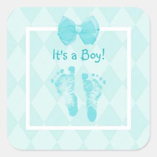 Gullig strumpebandsorden för pojkefotspårbaby fyrkantigt klistermärke