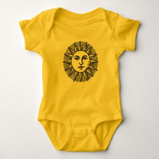 Gullig svart forntida soldesign 2 tröja