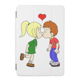 Gullig tecknad för pojkeflickakyss iPad mini skydd
